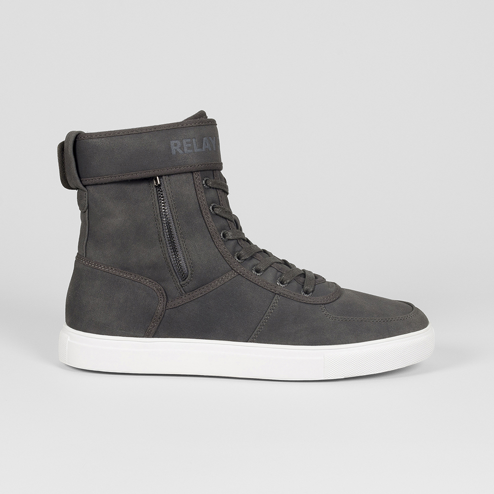 RJ STRAP HIGH TOP SNEAKER. 023840AABO8