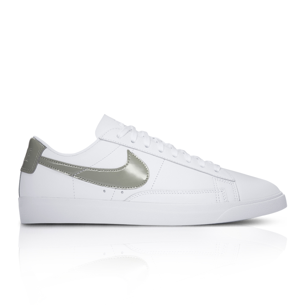 f39add4615de ... norway nike womens blazer low white sneaker. 061028aaec3 1653a 095cf
