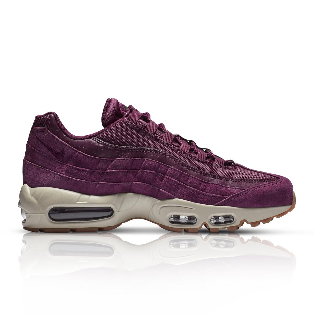 04fc635373 Nike Men's Air Max 95 SE Purple Sneaker. 061012AALB7