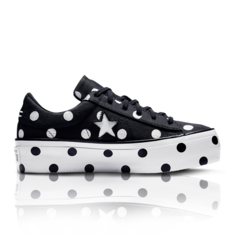 13ad8773f9b4 Converse Women s One Star Platform Embroidered Dots