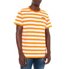 26d49a77b10a51 Shop men s street-inspired T-shirts online at sportscene
