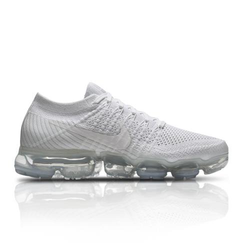 online store 4338d 8ea9b Nike Women s Air Vapormax Flyknit