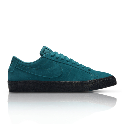 the best attitude f25a6 6f4af Nike Men s SB Zoom Blazer Low Blue Suede Sneaker