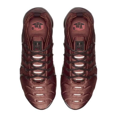 official photos d0aea 472be Nike Women's Air Vapormax Plus Red Sneaker