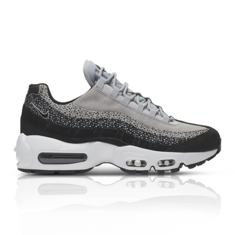 quality design 5788a 9ec22 Nike Women s Air Max 95 Sneaker