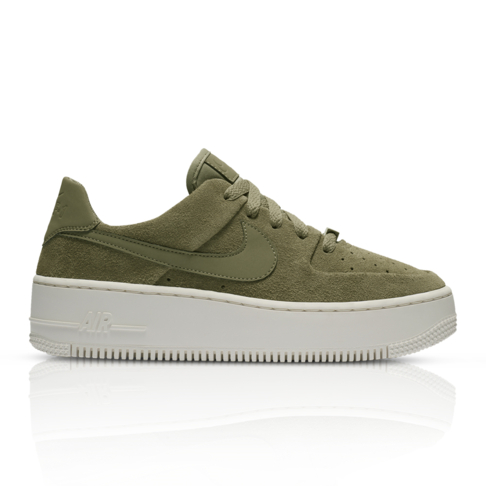 cheaper e9ef7 106c3 Nike Women's Air Force 1 Sage Low Fatigue Sneaker