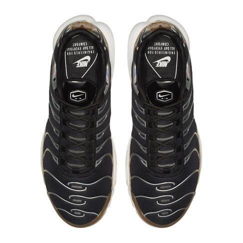 official photos 55c52 63447 Nike Women's Air Max Plus Black/Gold Sneaker