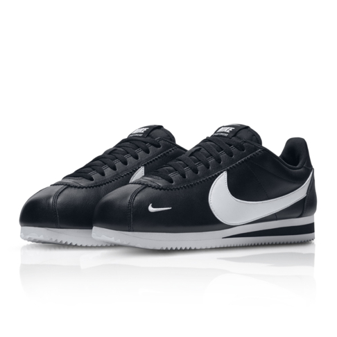 buy popular 0654d f7e02 Nike Men s Classic Cortez Premium Black Sneaker