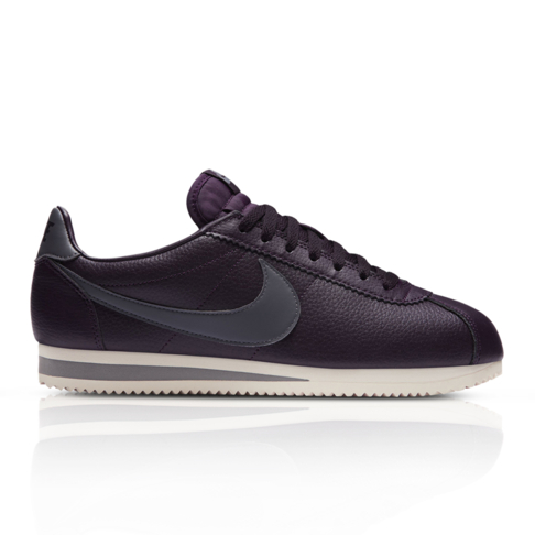 watch 27a76 41d55 Nike Men's Classic Leather Cortez Burgundy Sneaker