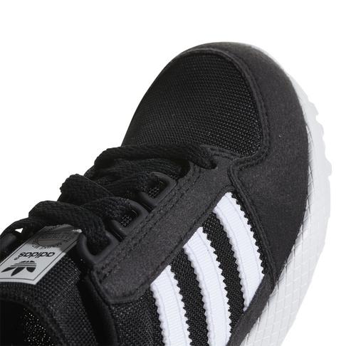 low priced a0d29 a2c5d adidas Originals Kids Forest Grove BlackWhite Sneaker