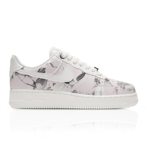 timeless design 2f288 51f1c Nike Women s Air Force 1  07 LXX Floral Rose Sneaker