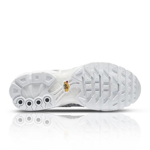 huge selection of 43b14 ab290 Nike Women's Air Max Plus SE White Sneaker