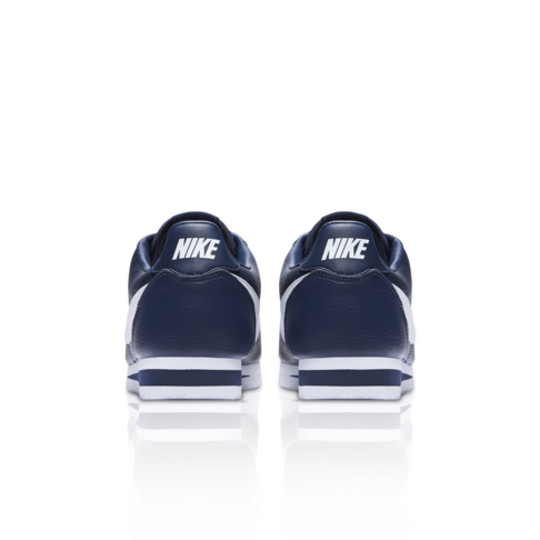 new product 379d4 a7040 Nike Men s Classic Cortez Leather Navy Sneaker
