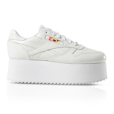 218ee1cf319 Reebok x Gigi Hadid Women s Classic Leather Triple Platform Sneaker