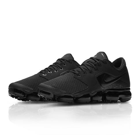 188652926b3575 Nike Men s Air Vapormax Black Sneaker