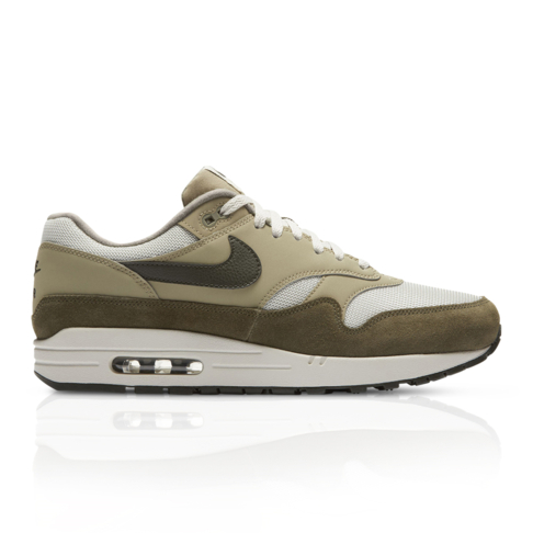 hot sale online f21f3 9144a Nike Men's Air Max 1 White/Green Sneaker