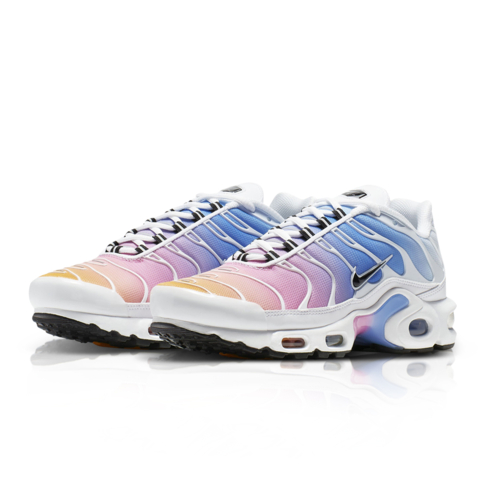 the latest 4ead0 aec7a Nike Women's Air Max Plus White Sneaker