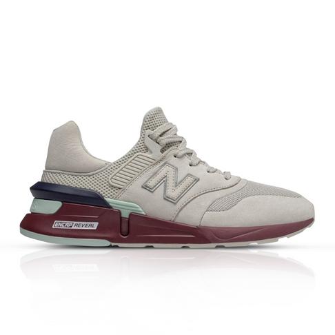 separation shoes b7a5f ff595 New Balance Men's 997 Sport White Sneaker