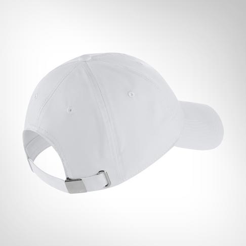7588bae7564fd Nike Sportswear Heritage86 White Metal Swoosh Cap