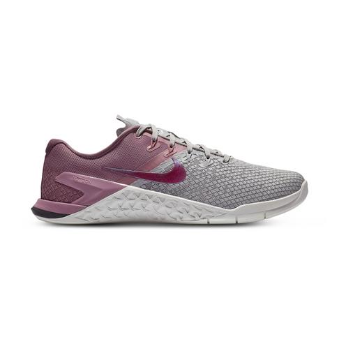 610bcefa765e Women s Nike Metcon 4 XD Grey Berry Shoe