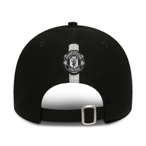 4a0ccdae965 New Era Manchester United Hex Era Devil 9Forty Black Cap